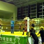 日高さんのご配慮で最後に弊社社長がリングに上がってご挨拶。日高さん、ありがとうございます。