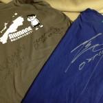 FROGMANと日高さんのサイン入りTシャツ!大切に保管すべきだと思いますが、着まくって自慢してます(;´∀`)。