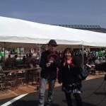 TOKYO FM「世界征服ラヂオ」収録中のFROGMANとおがっちさん。会場内くまなく取材されました(^^)♪