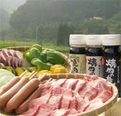 家族で楽しむバーベキューには吉田ふるさと村の焼肉のたれ!